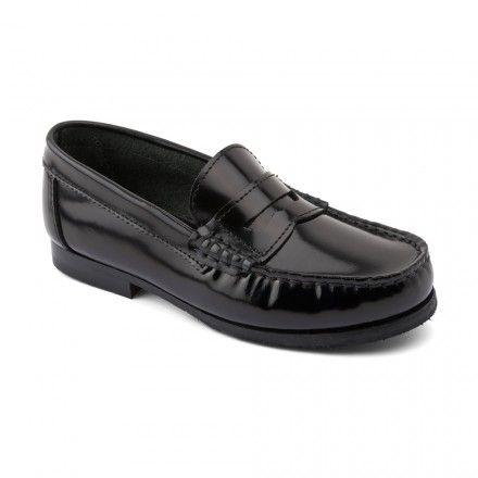 Penny, Black Leather High Shine Leather Slip-on School Shoes - Girls School Shoes - Girls Shoes http://www.startriteshoes.com/girls-shoes/school-shoes/penny-black-high-shine-slip-on-school-shoes