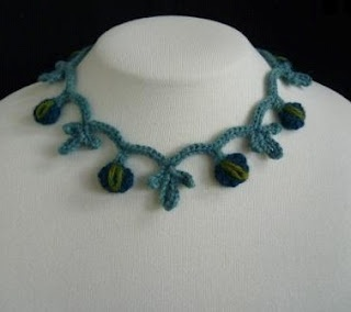 I like finding things like this - now if only I couuld find the time to make: Blossom Necklace Free Crochet Pattern