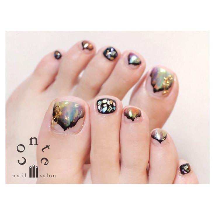 いいね!317件、コメント1件 ― Ⓒⓞⓝⓣⓔ... nailsalonさん(@conte_nail)のInstagramアカウント: 「*個性派✴︎オーロラ foot nails♡*:.✧ おしゃれすぎます〜 →→→→ • #conte #nails #nailsalon #gelnail #nailart #ネイル…」