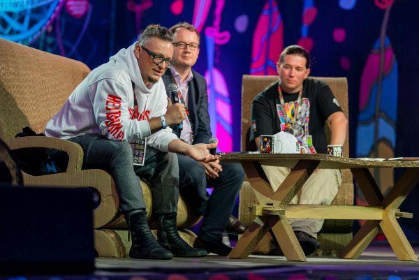 Michał Wawrzyniak, dr Adam Bodnar, Rzecznik Praw Obywatelskich oraz Krzysztof Dobies (Rzecznik Prasowy WOŚP) rozmawiali dziś na spotkaniu w Akademii Sztuk Przepięknych na temat hejtu w internecie.