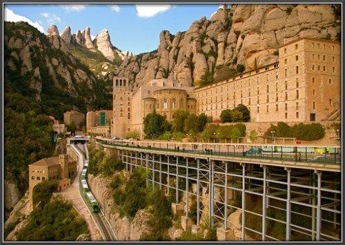 El monasterio Montserrat ( España)