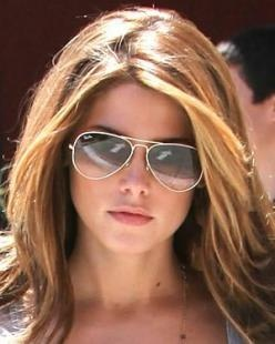 ladies ray ban aviator sunglasses  ashley greene wearing ray ban aviators