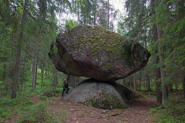 Kummakivi | Suomen Luonto