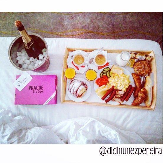 Perfect neighbors for @Pragueinabox :) We thank @didinunezpereira for this stunning photo! Happy birthday :) #Prague #praha #birthdaygift #surprise #romanticprague #loveinprague #travelingcouple #anniversary #breakfastinbed #champagne #travel #bday #birthdaygirl #pragueinabox #bestboyfriend #pink #fancy #hotel #picoctheday