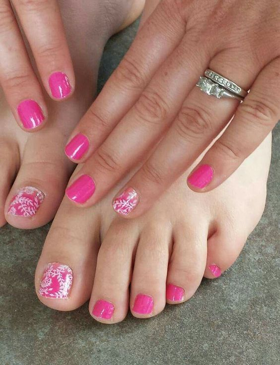 Haute Pink and Carmen Ombre! Order yours today at https://Kirstenmarr.jamberry.com
