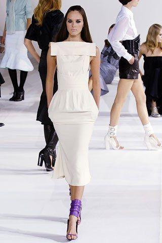 Givenchy Spring 2006 Ready to Wear Collection Photos   Vogue