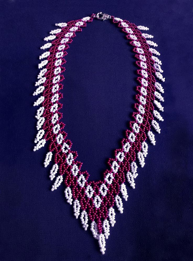 Free pattern for beaded necklace Cherry Berry U need: seed beads 11/0