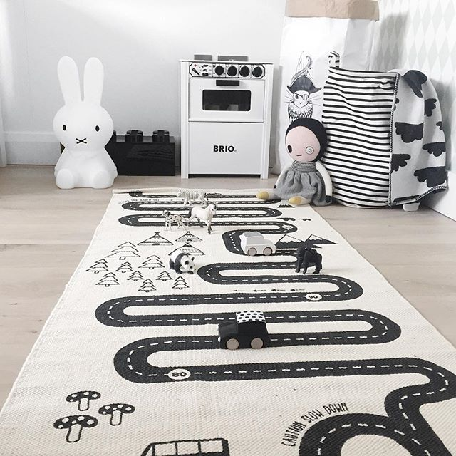 #widn for @kisses_and_curls . It's another grey day, so we have been playing with our new @oyoylivingdesign playmat from @__vanil__ . Although Jenson decided to sit on the mat and push cars around on the floor surrounding it  what are you up to @yasdnil25 @scoutandcokids @violetandpercy.co.uk xx