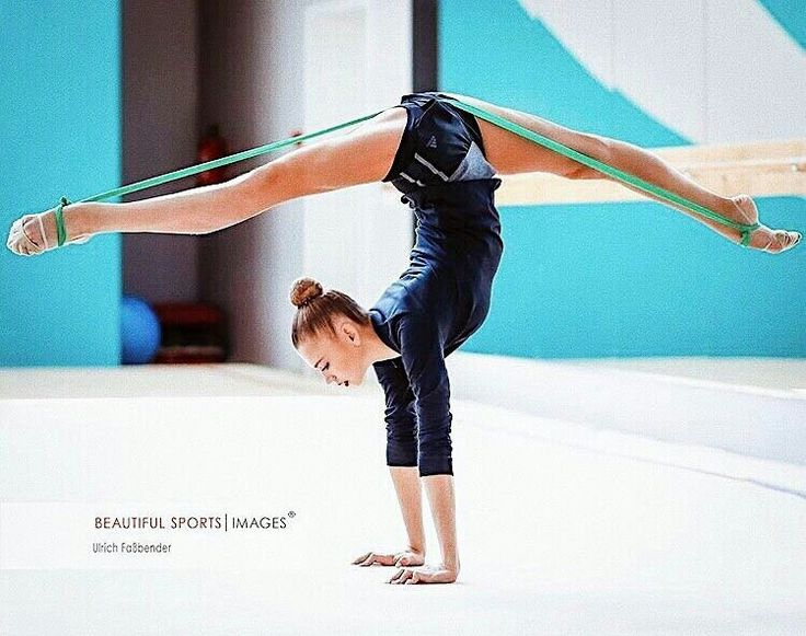 Rhythmic gymnastics training exercises