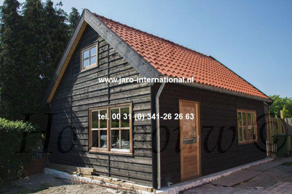 www.jaro-houtbouw.nl of www.mantelzorgwoningenbouwen.nl Mantelzorgwoningen, levensloopbestendige woning, mantelzorgunits, mantelzorgaanbouw. informeer naar de mogelijkheden en wet en regelgeving. Jaro Houtbouw is tevens gespecialiseerd in het bouwen van houten woningen, gastenverblijf, vakantiewoning, ateliers, tuinkamers, schuur, garage`s, veranda`s, terrasoverkappingen, paardenstallen in hout.