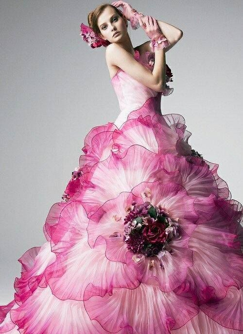 Yumi Katsura; What a gorgeous gown. Wearing it it feels like a fairy tale princess