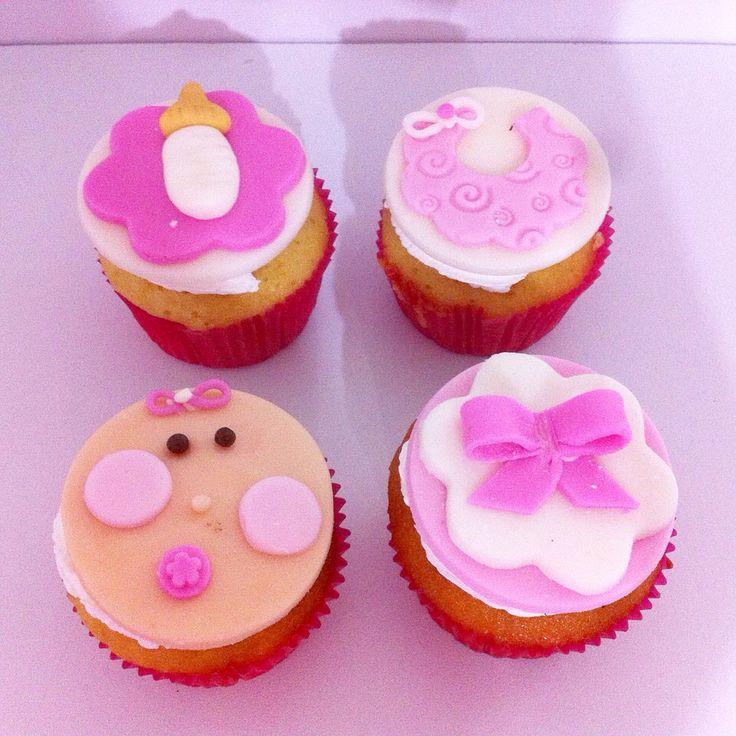 Cupcakes para Baby Shower con cubierta en Fondant y diseño personalizado! - #SoSweet #Bogotá #PastryShop #CupcakeFactory www.SoSweet.com.co