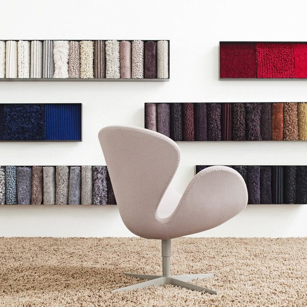 Arne Jacobsen, Swan Chair by Fritz Hansen