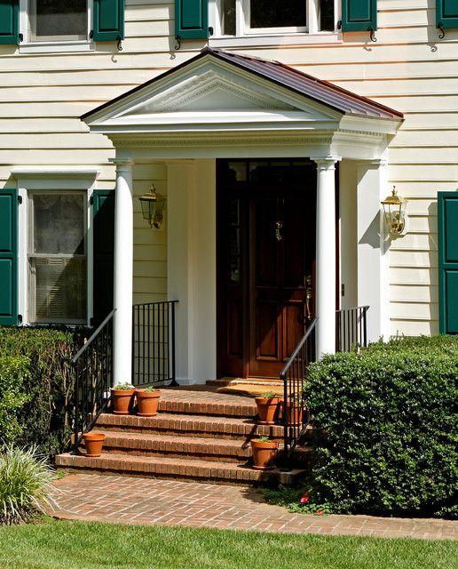 102 best exteriors images on pinterest arquitetura for Colonial porch columns
