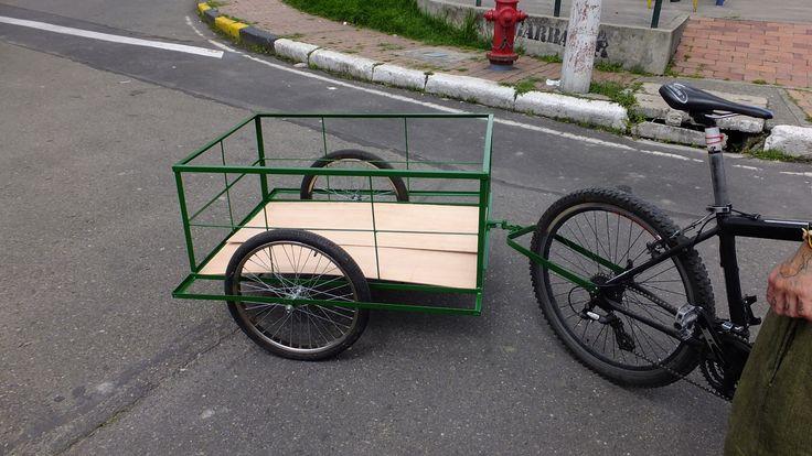 Remolque para bicicleta, dimensiones, Ancho 70 cm, largo 100 cm, alto 40 cm