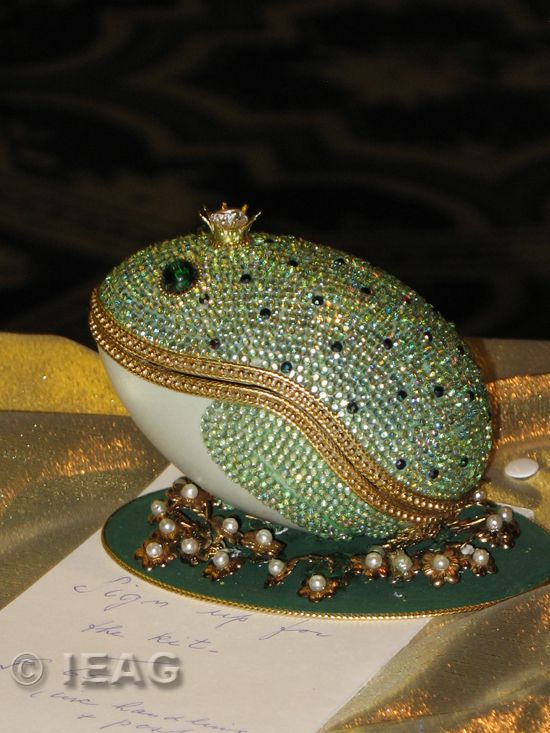 eggfrog Devilishly Good Egg Art