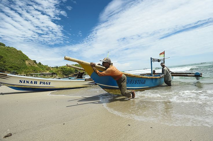 Perahu Nelayan yang digunakan di nusantara