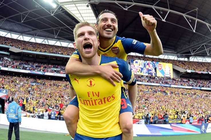 Arsenal transfer news: Per Mertesacker and Santi Cazorla to get new contracts