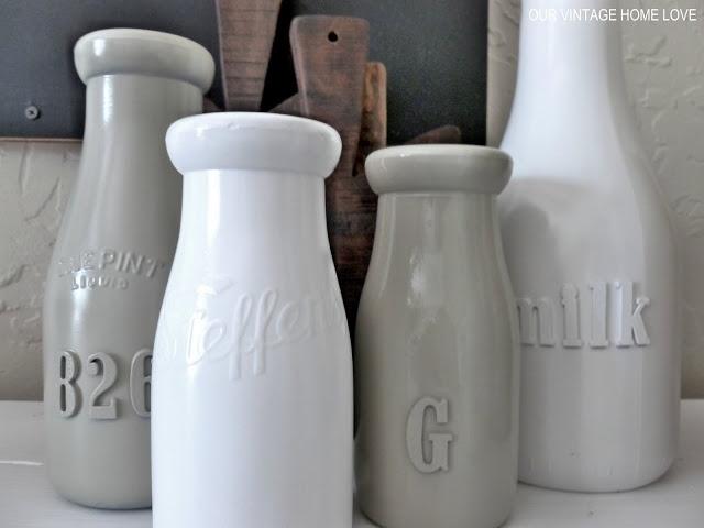 De letters zijn gemaakt van foam stickers en daarna gerverfd