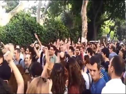 Çarşı Grubu Taksim Gezi Parkı Bestesi İzle - YouTube