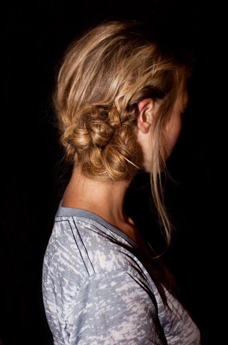 Style - Minimal + Classic: messy braided bun