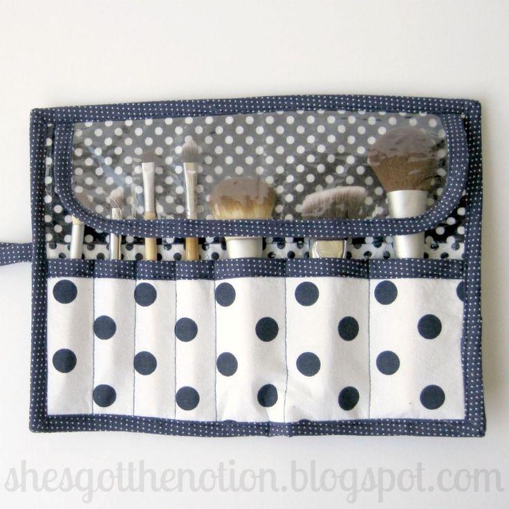 Fat Quarter Series: Makeup Bag Sewing Tutorial | She's Got the Notion
