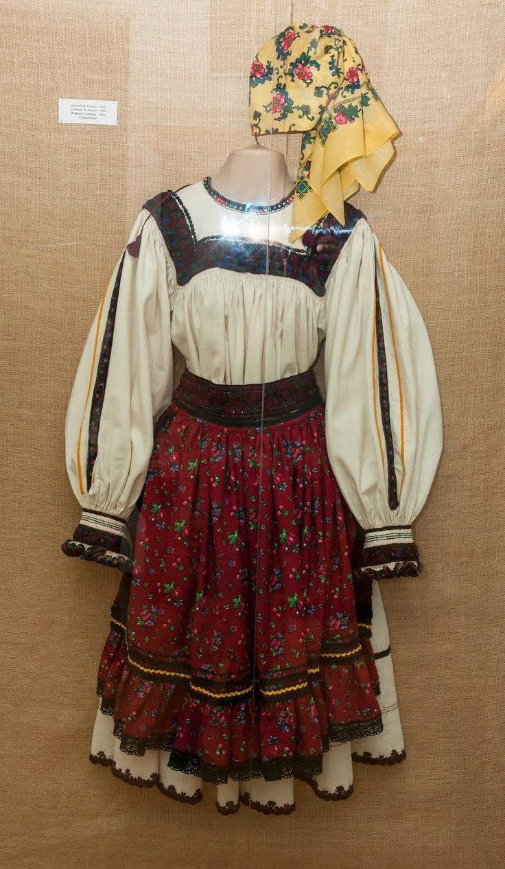 Costume Oas - Transilvania
