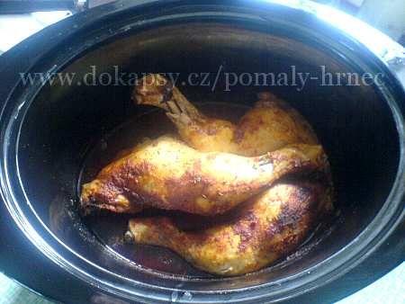 Kuřecí stehna pečená v pomalém hrnci