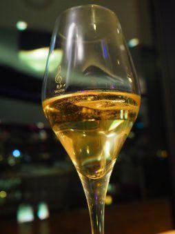 Piper Champagne