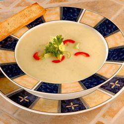 Egy finom Zellerkrémleves fokhagymás pirítóssal ebédre vagy vacsorára? Zellerkrémleves fokhagymás pirítóssal Receptek a Mindmegette.hu Recept gyűjteményében!
