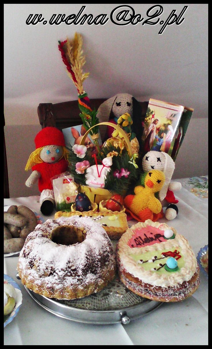 Żeby Wielkanoc w tym roku, przyszła z sukcesem u boku. Aby żyło się Wam zdrowo, prywatnie i zawodowo. Wielu, wielu chwil radosnych i cudownej, ciepłej wiosny życzy Wełna Emotikon smile  #Wielkanoc #Easter #handmade #redhood #królik #bunny #duck #egg