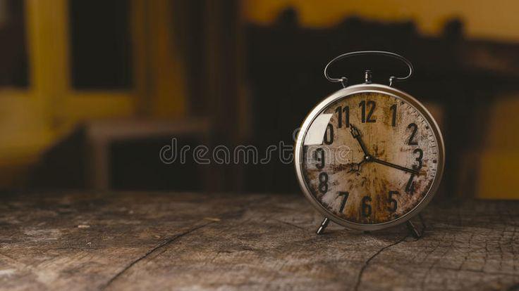 Rustic Alarm Clock Free Public Domain Cc0 Image