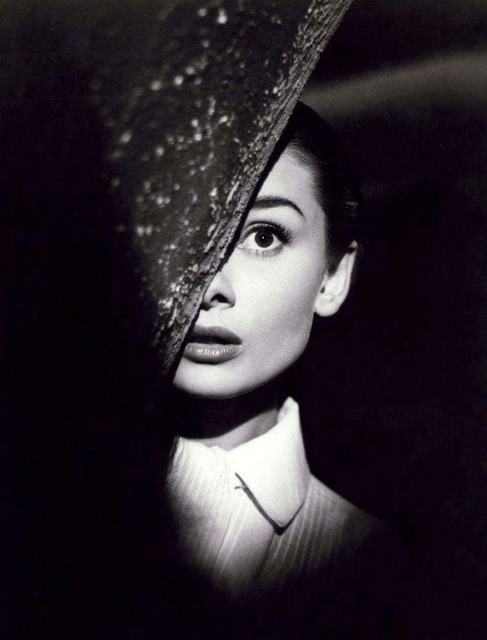 Audrey Hepburn in Roman Holiday (1953, dir. William Wyler)