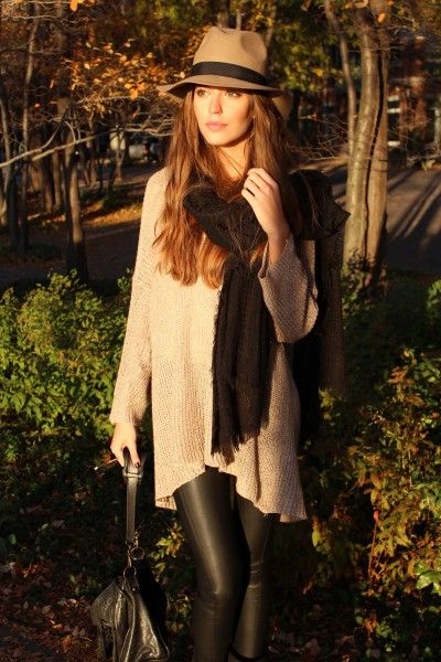 <3: Casual Style, Fall Style, Over Sweaters, Autumn Style, Fall Outfits, Fall Fashion, Airports Outfits, Leather Legs, Leather Pants