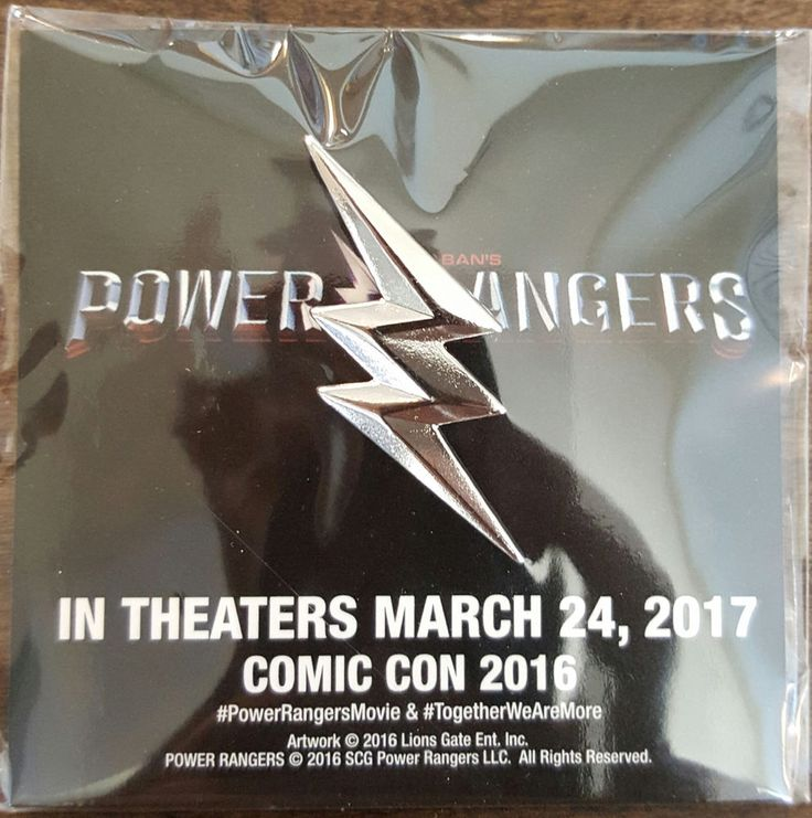 2016 SDCC COMIC CON EXCLUSIVE POWER RANGERS MOVIE PIN BUTTON BADGE ON CARD