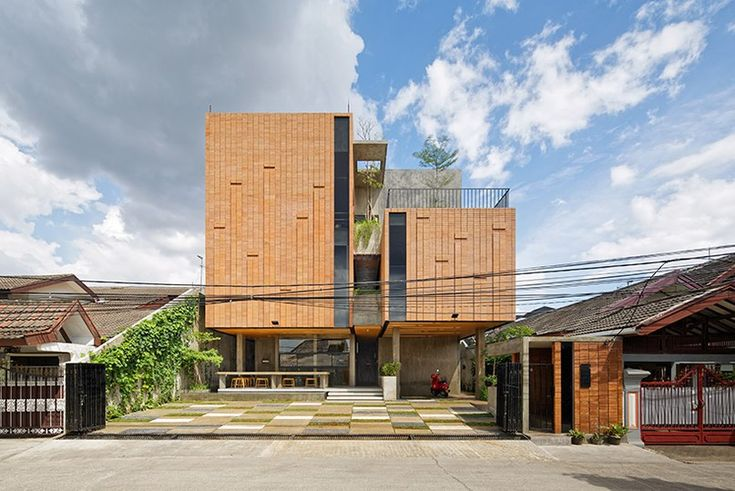 - http://adcitymag.ru/delution-architect-hosts-music-and-ballet-studios-inside-the-equalizer-in-indonesia/