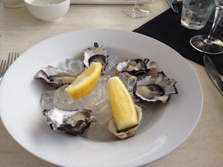 oysters natural #ontheinlet seafood restaurant port douglas