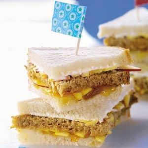Recept - Tweekleuren-fruitsandwich - Allerhande