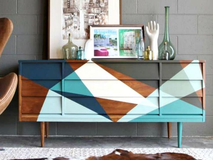 19 Creative Ways to Paint a Dresser >> http://www.diynetwork.com/how-to/make-and-decorate/decorating/dresser-makeover-and-paint-ideas-pictures?soc=pinterest