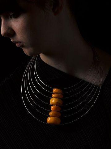 Collana Amber Traces - Linda Van Niekerk - Australia - Realizzata in ambra africana e argento