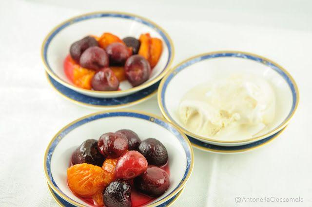 Frutta al forno con gelato
