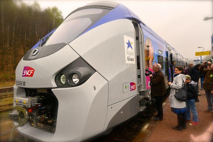 Voyage officiel du TER Régiolis avant sa mise en service commercial 5 avril 2014 © Stadler / Région Alsace