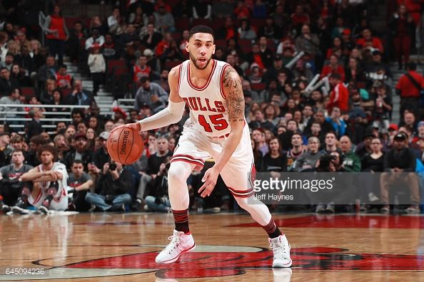 News Photo : Denzel Valentine of the Chicago Bulls handles the...