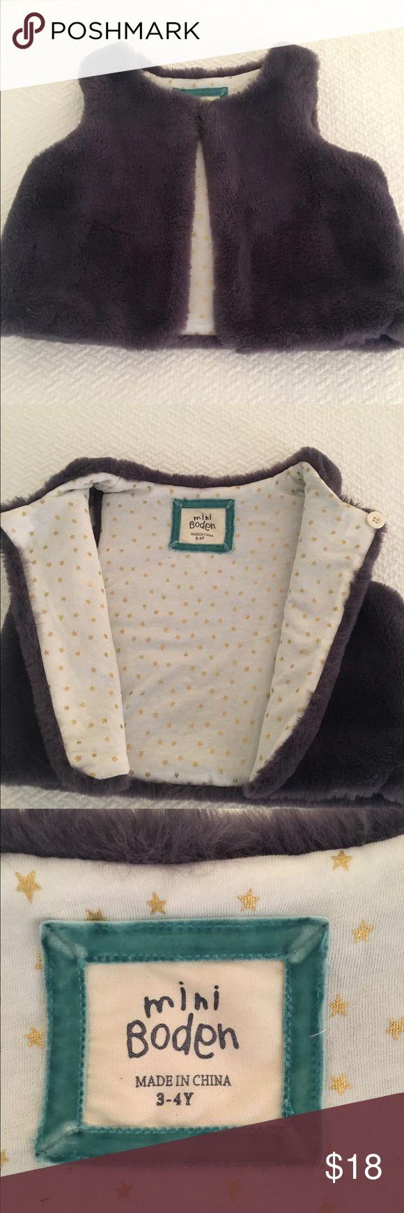 Mini Boden faux fur vest Cozy purple faux fur Mini Boden vest - in great condition! Mini Boden Jackets & Coats Vests