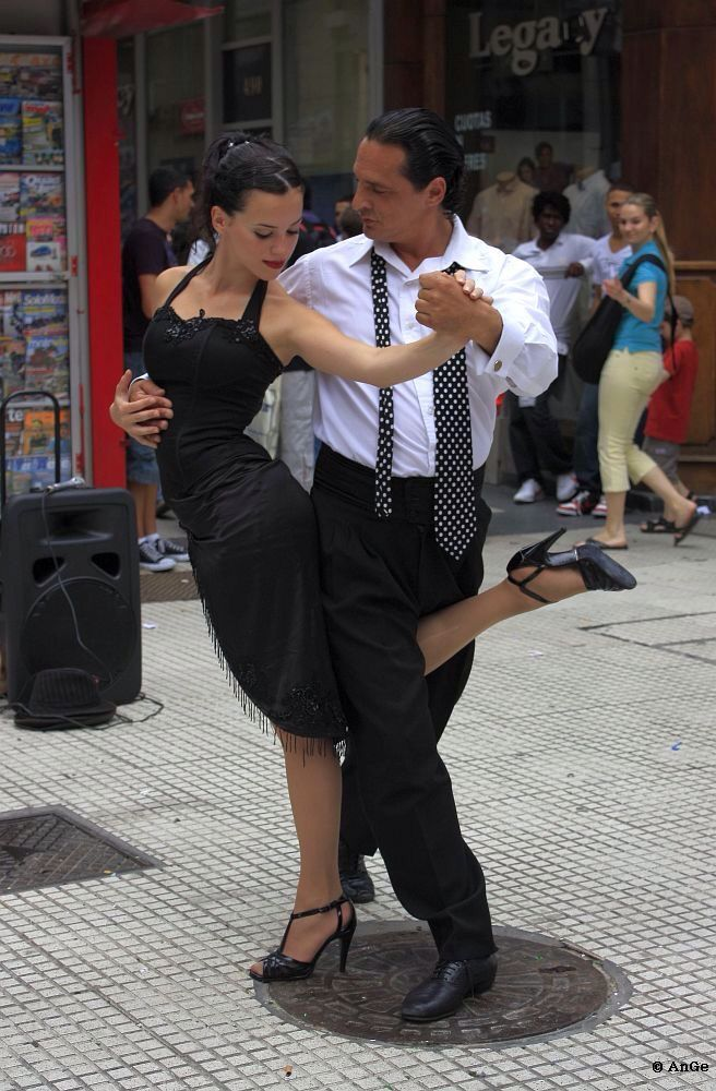 If you are interested in taking couples country #dancelessons in London