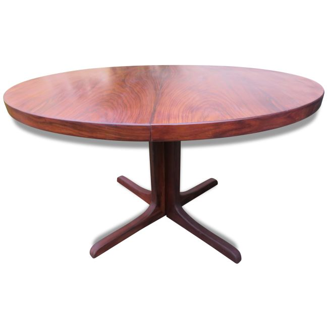 Table ronde en palissandre danemark 1965 bois mat riau for Table ronde rallonge scandinave