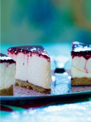 Cheesecake med kiksebund og hindbærcoulis (Recipe in Danish)