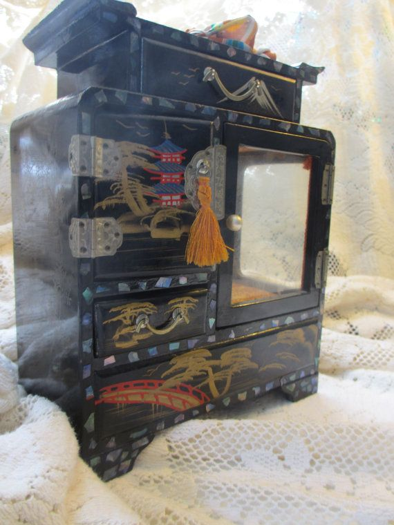 Vintage Japanese Lacquer Musical Jewelry Box Abalone Inlay