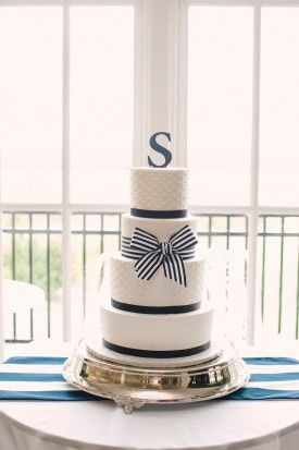 @palomablancawed | Real #Bride Emily's #weddingcake with their last name initial as the #caketopper, cute!
