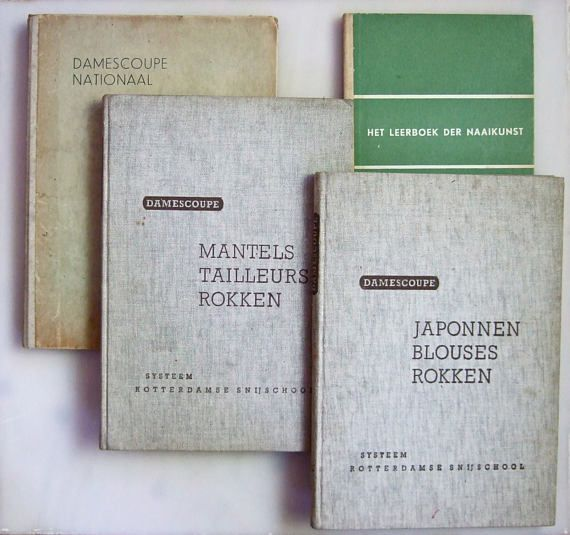 1940s Dutch sewing books Damescoupe Nationaal Damescoupe